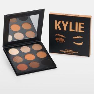 New Kylie Cosmetics The Bronze Palette Eyeshadow